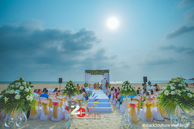 romantic beach wedding in goa